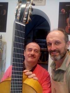 Il Maestro Aldo Benedetti Castri e il Maestro Liutaio Federico Falaschi con l'Epichorde®